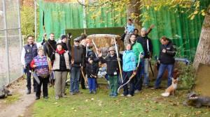 Beim Pfeileziehen nach dem ersten Robin-Hood-Schuss